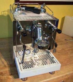 bezzera giulia kaffeewiki die wissensdatenbank rund um espresso espressomaschinen und kaffee. Black Bedroom Furniture Sets. Home Design Ideas