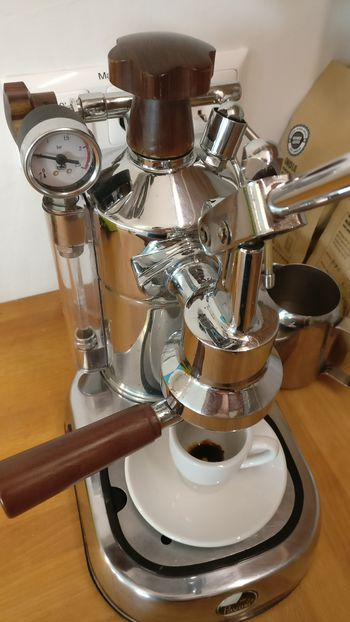 06-Shot La Pavoni Professional-Fellini Move